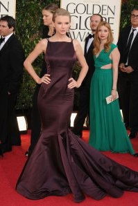 Taylor Swift in Donna Karan Atelier. Photo courtesy of movies.yahoo.com