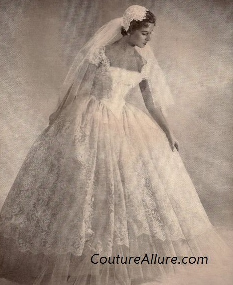 1950's lace, cap-sleeve, full-skirt wedding gown